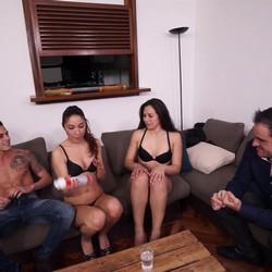 Bruno y Diana Swingers de Toledo prueban con Chris Diamodx y Beatrizz en apartamento en Madrid
