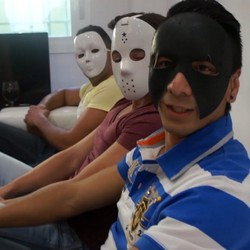Tres chicos de Badajoz estudiantes,salen de fiesta y acaban grabando una porno