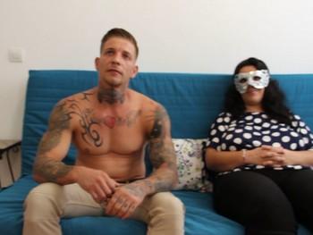 Porno ONG! Luisa 5 años sin follar. El Pollo le quita las telarañas