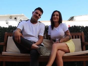 Claudia y Jose guapos jovenes y cañeros graban porno en casa