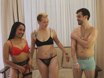 Cata y Paco cumpliendo fantasias, hacen su primer trio con Sara nuestra follaparejas.